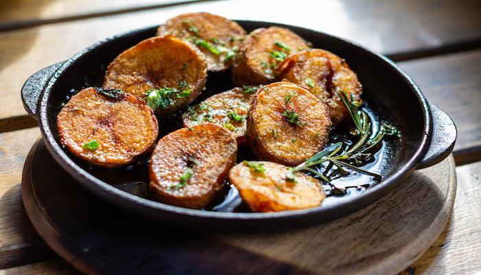 Large roast potatoes | DNAfit Blog