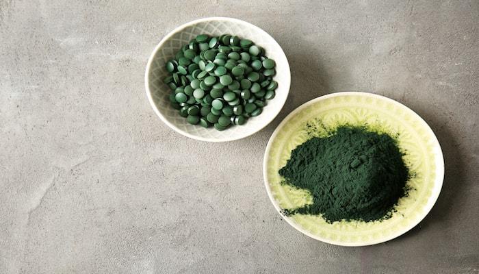 Chlorella powder and tablets   DNAfit Blog