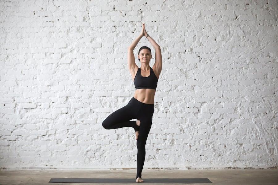 Yoga tree pose | DNAfit Blog