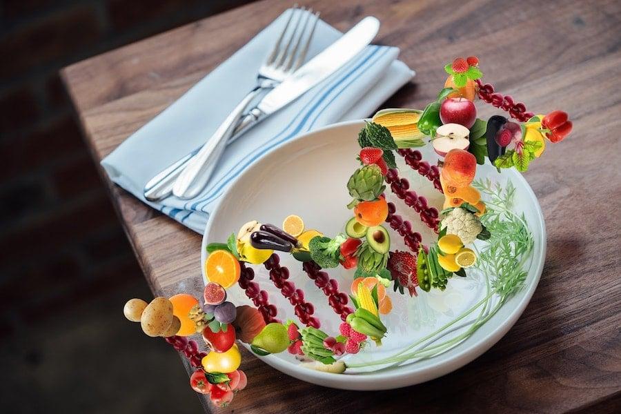 Helix made of fruit and vegetables | DNAfit Blog